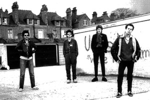 uk subs_early-03bandjan78